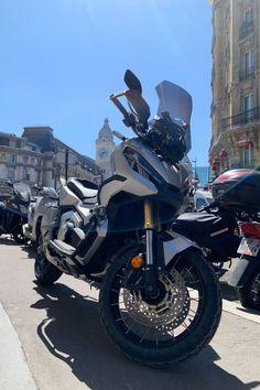 #paris #moto #bikeloc #louer #location #fashion #moto #motoparis #motofriends #mototown #mototravel #ootd scooter #moto #motocross #yamaha #mt07 #mt #yamahamt07 #yamahamt #700cc #piaggio #liberty #scooter #paris #location #rent #travel #france #xadv #xadv2021 #maxiscooter #750cc #maxiscooter