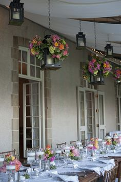 Summer wedding at Glen Manor House in Portsmouth, RI.  Floral arrangements by Sayles Livingston Flowers.