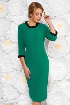 StarShinerS green dress office midi with tented cut slightly elastic fabric with ruffle details, with ruffle details, tented cut, ruffled collar, 3/4 sleeves, back zipper fastening, Ruffled sleeves