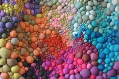 When it comes to patience and perseverance, Serena Garcia Dalla Venezia has both qualities in spades. The Chilean textile artist crafts handmade fabric balls in a rainbow of different colours and textures. Textiles, Fabric Art, Fabric Crafts, Sculpture Textile, Fabric Balls, Design Textile, Colossal Art, Colorful Artwork, Textile Artists