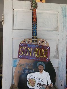 Son house guitar model