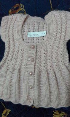 Hızlı ve Kolay Resim Paylaşımı - resim yükle - resim paylaş - Hızlı Resim Crochet Baby Sweater Pattern, Baby Sweater Patterns, Crochet Coat, Baby Clothes Patterns, Crochet Cardigan, Baby Knitting Patterns, Baby Patterns, Baby Vest, Baby Cardigan