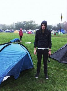 Dans camping fail>>> This is what i look like every time i go outside... ahh the adventures..