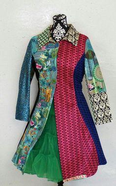 Dit item is niet beschikbaar Chic Outfits, Pretty Dresses, Coats For Women, Steampunk, Street Style, Style Inspiration, Lady, Wonderland, Jackets