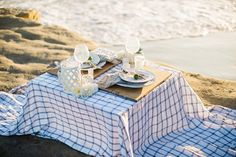Beach Picnic | Booth Photographics on @eadweddings via @aislesociety