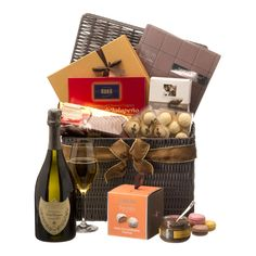 Ultimate Gourmet Hamper with Champagne Dom Perignon - Delivery in Netherlands by GiftsForEurope
