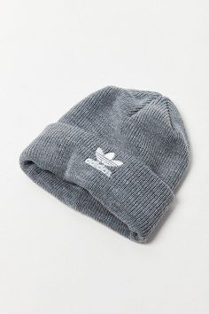 f544eed102576 Urban Outfitters Adidas Originals Trefoil II Knit Beanie http   shopstyle .it