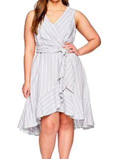 Have a few extra curves and would like to wear a cute summer dress? Take a look at these darling slimming summer dresses made for full figures. Dressing Your Body Type, Pretty Summer Dresses, Denim Shirt Dress, Summer Fashion Trends, Dress Making, Summer Outfits, Curvy Women, Trending Outfits, Curves