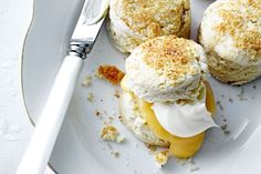 Coconut scones with homemade lemon curd