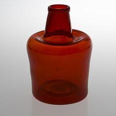 KAJ FRANCK, PULLO. Sign. Kaj Franck, Nuutajärvi Notsjö. 1960-/70-luku. Colored Vases, Coloured Glass, Glass Design, Design Art, Genie Bottle, Lassi, Interior Accessories, Hot Sauce Bottles, Scandinavian Design