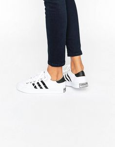 a32293ae2 adidas Originals White And Black Court Vantage Unisex Trainers