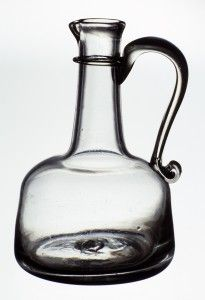 The fashionability of different serving vessels changed over time, and wine bottles gradually were replaced by decanters on many elegant dinner tables. Glass Museum, Dinner Table, Wine Decanter, Barware, 18th, Bottle, Dinning Table, Wine Carafe, Flask