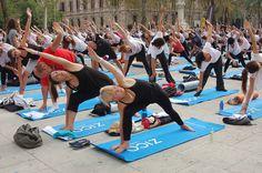 Free Yoga Barcelona & ZICO Agua de coco #ZICOEsp