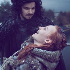 """I have a dress made of the finest silk from tra-la-la-la-la-liday!"" . Ygritte & Jon Snow: @dutchcosplaycouple  Photo & Edit: me . . #gameofthrones"