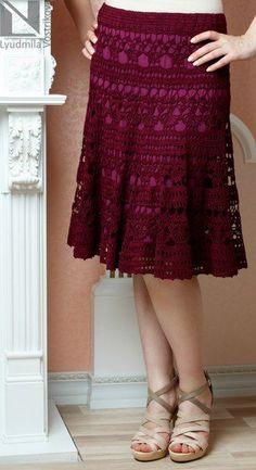 SE apaixone por essas lindezrn bowl much the price la jupe. Crochet Skirt Pattern, Crochet Skirts, Knit Skirt, Crochet Clothes, Mode Crochet, Crochet Lace, Lace Skirt Outfits, Crochet Woman, Diy Dress