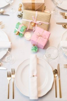 pastel christmas tablescapes - Google Search
