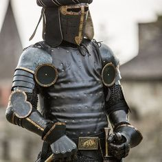Sugarloaf helmet is consider it to be a transition between the great helm and the XIV century bascinet. Made of blackened mild steel with brass decorations. Available in: mild, stainless steel 16 ga 1 Medieval Helmets, Medieval Armor, Pauldron, Suit Of Armor, Arm Armor, Stainless Steel, Black Armor, Fantasy Men, Plantagenet