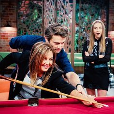 This wasn't how pool was taught in our day #Neighbours @relmaloglou @mavournee_hazel