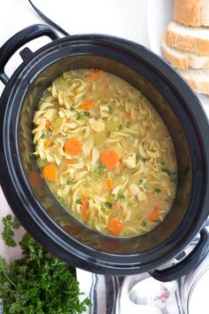Crockpot Chicken Noodle Soup (better than Panera's!) This soup is perfect for the winter months. It is easy to make and so comforting. Crockpot Chicken Noodle Soup, Crock Pot Soup, Crock Pot Slow Cooker, Crock Pot Cooking, Slow Cooker Recipes, Crockpot Recipes, Soup Recipes, Chicken Recipes, Cooking Recipes