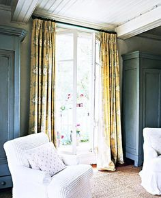 Home Decoration For Living Room  #BestInteriorPaint Best Interior Paint, Interior Decorating, Decorating Ideas, Decorating Websites, Decor Ideas, Gift Ideas, Best Gray Paint Color, Yellow Ceiling, French Country Living Room