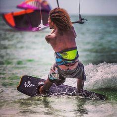 Black #Kiteboarder #kiteboarding #kitesurfer