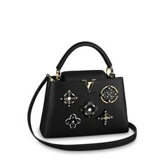 LOUIS VUITTON Official USA Website - Discover Louis Vuitton's handbags and iconic bags for women, made with outstanding craftsmanship and quality materials. Louis Vuitton Store, Louis Vuitton Handbags, Stylish Handbags, Fashion Handbags, Popular Designer Bags, Louis Vuitton Official Website, Swagg, Shoulder Bag, Purses