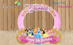 Disney Princess Photo Booth / Disney Princess Birthday / Birthday Backdrops / Disney Princess party Birthday Wishes For Kids, Kids Birthday Themes, Birthday Cards For Her, 1st Birthday Outfits, Birthday Crafts, Snow White Birthday, Disney Princess Birthday, Birthday Photography, Kids Party Decorations