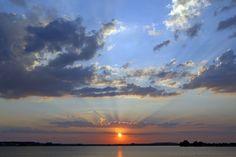 #sunset #landscapephotography #romania #bucharest #lake