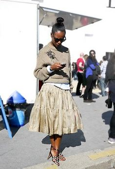 Fashion / Style / Outfit / Tiered Skirt / Sweater / Neutrals / Texture /