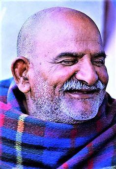 Neem Karoli Baba, Baba Image, Hindu Mantras, Treasure Chest, Spiritual Quotes, Spirituality, Spirit Quotes, Spirituality Quotes, Spiritual