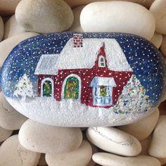 #christmas #newyear #paintingstone #paintingstoneart #stonemirage #stonepainting #