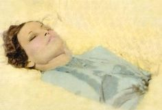 Bonnie Parker in casket after funeral home's restoration work.