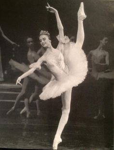 Teen Svetlana Zacharova as Aurora in The sleeping beauty