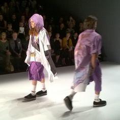 The Video! SADAK Spring Summer 2016 - Mercedes Benz Fashion Week Video - Me + You = <3 ... Hier gibt's SADAKin bewegten Bildern zu sehen. Schaut Euch dieKollektion Spring Summer 2016 des Berliner Modelabels SADAKals VIDEO der Mercedes Benz Fashion Week an. Die Show  http://www.v-mag.berlin/2015/07/08/the-video-sadak-spring-summer-2016-mercedes-benz-fashion-week-video/