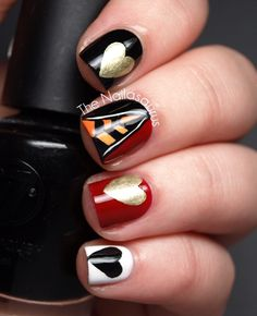 The Nailasaurus - OFF WITH THEIR HEADS!! Queen of Hearts Nails