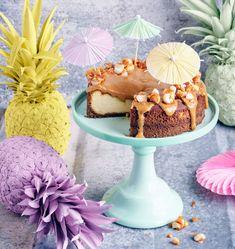 Macadamia-kinuski-juustokakku | Leivonta, Juhli ja nauti, Makea leivonta | Soppa365 Cheesecake Brownies, Sweet Tooth, Muffin, Birthday Cake, Candy, Baking, Breakfast, Desserts, Food