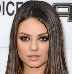 mila kunis Eye makeup