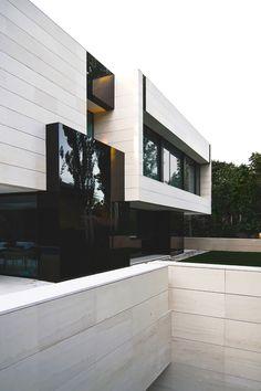 luxuryera:  Park ResidenceDesigned by: A-cero Architects
