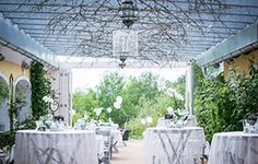 The perfect wedding place Wedding Week, Wedding Mood Board, Wedding Blog, Wedding Ideas, Wedding Places, Destination Wedding, Wedding Planning, Exposed Brick Walls, My Perfect Wedding