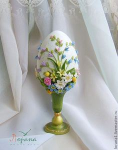 Egg Crafts, Clay Crafts, Easter Crafts, Easter Egg Cake, Easter Cookies, Luxury Easter Eggs, Types Of Eggs, Egg Shell Art, Beaded Ornament Covers