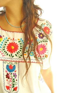 I love this beautifully embroidered top