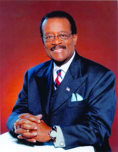 """October 2, 1937 Johnnie L. Cochran, Jr. was born in Shreveport, LA. He became a noted controversial criminal defense attorney and is best known for his defense of Black Panther Party member Geronimo Pratt and the infamous trial of ex-NFL superstar O.J. Simpson for which Simpson was accused of killing wife and her friend, Ron Goldman. In that trial, he was the lead attorney in what described as the """"Dream Team."""" He died on March 29, 2005."""