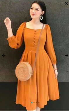 Casual Frocks, Casual Dress Outfits, Classy Outfits, Chic Outfits, Fashion Outfits, Stylish Dresses For Girls, Stylish Dress Designs, Designs For Dresses, Pretty Dresses
