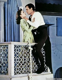 """Vivien Leigh and Laurence Olivier in Romeo and Juliet, 1940 """