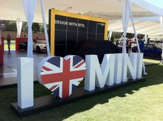 Mini cooper, mini love Mini Cooper D, Cooper Car, Mini Driver, Morris Minor, Mini Countryman, Mini One, Fancy Cars, Smart Car, Car Magazine