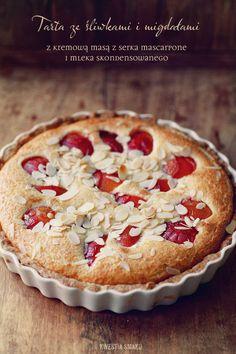 Tarta ze śliwkami i kremem Plum Recipes, Sweet Recipes, Cake Recipes, Plum Tart, Food Cakes, Fruit Cakes, Cake & Co, Sweet Bread, Cake Cookies