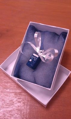 Awesome little Tardis charm!
