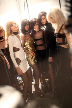 BACKSTAGE: TOM FORD S/S '15