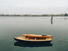 A lonley boat a lonely soul.  #boat @Italian_places #weekly_feature #LOVES_VENEZIA #excellent_structure #al3storie #igersveneto #igersvenezia #veneziadavivere #moody #all_shots #photooftheday #photography #vsco #vscoitaly #veneziadavivere #capture #color #composition #exposure #focus #instagood #travel #journey #solitude #alone by eleonoraboscolob