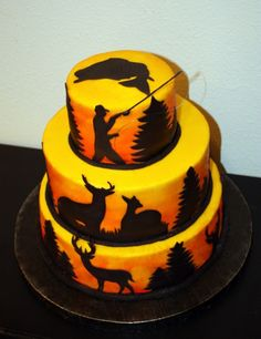 Hunting & Fishing Cake Butter cream air brushed for a sunset effect. Cakes For Men, Cakes And More, Cupcakes, Cupcake Cakes, Fish Cake Birthday, 17th Birthday, Happy Birthday, Occasion Cakes, Creative Cakes
